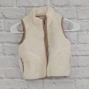 Uniqlo   Cream Faux Shearling Zip Front Vest